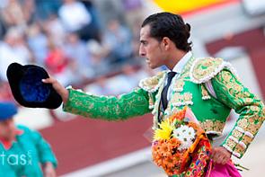 Iván Fandiño corta la primera oreja de la Feria de Otoño