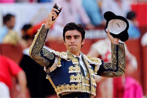 Perera corta la única oreja en el cierre de la feria en Albacete
